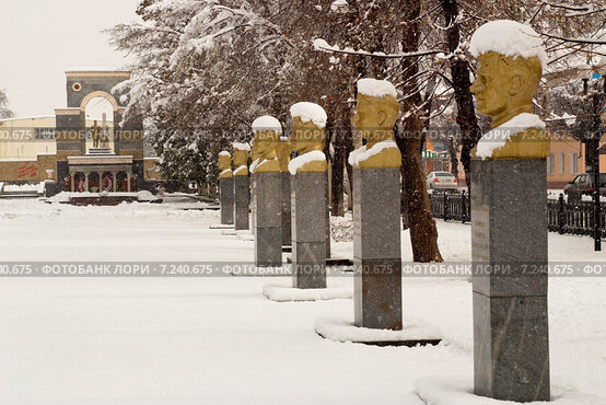 Памятники вов в черкесске цены на памятники в смоленска фото