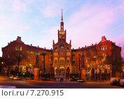 Купить «Evening view to Hospital de Sant Pau», фото № 7270915, снято 27 февраля 2020 г. (c) Яков Филимонов / Фотобанк Лори