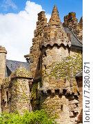 Замок Лёвенбург (Löwenburg) в городе Кассель (Kassel), Германия (2014 год). Стоковое фото, фотограф Сергей Новиков / Фотобанк Лори