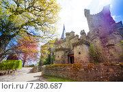 Замок Лёвенбург (Löwenburg) в парке Вильгельмшолль (Bergpark Wilhelmshöhe), в городе Кассель (Kassel), Германия (2014 год). Стоковое фото, фотограф Сергей Новиков / Фотобанк Лори