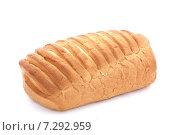 Батон белого хлеба на белом фоне. Стоковое фото, фотограф Ноева Елена / Фотобанк Лори