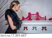 Купить «Элегантная девушка в винтажном интерьере», фото № 7301667, снято 1 ноября 2014 г. (c) Наталья Степченкова / Фотобанк Лори