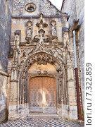 Купить «Боковой вход церкви Святого Креста (Sainte Croix, 1154 г.) в городе Провен, Франция. Объект ЮНЕСКО», фото № 7322859, снято 22 февраля 2015 г. (c) Иван Марчук / Фотобанк Лори