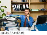 Купить «Офисный работник», фото № 7343435, снято 27 сентября 2009 г. (c) Владимир Мельников / Фотобанк Лори