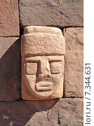 Купить «bolivia - closeup of carved stone tenon-head embedded in wall of tiwanaku's templeBolivia, Tiwanaku, Temple Kalasasaya, Closeup of Carved Stone Tenon Head embedded in Wall», фото № 7344631, снято 23 октября 2018 г. (c) BE&W Photo / Фотобанк Лори