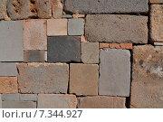 bolivia - tiwanaku, walls around the temple kalasasayaBolivia, Tiwanaku, Walls Around the Temple Kalasasaya, Detail. Стоковое фото, агентство BE&W Photo / Фотобанк Лори