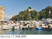 Купить «The harbour at Portofino, Golfo del Tigullio, Liguria, Italian Riviera, Italy», фото № 7344995, снято 22 августа 2019 г. (c) BE&W Photo / Фотобанк Лори