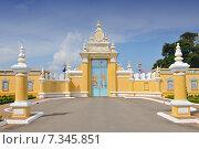 Cambodia, Phnom Penh, The Royal Palace in Phnom Penh. Стоковое фото, агентство BE&W Photo / Фотобанк Лори
