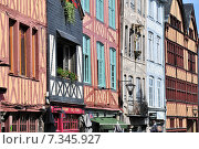 Half-Timbered Houses in Rouen Normandy France. Редакционное фото, агентство BE&W Photo / Фотобанк Лори