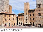 Купить «The Torri Salvucci, Palazzo del Podesta and Torre Grossa, Piazza del Duomo, San Gimignano, Tuscany, Italy», фото № 7346087, снято 25 июня 2019 г. (c) BE&W Photo / Фотобанк Лори