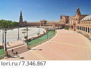 Купить «Plaza de Espana (Place d' Espagne), built between 1914 and 1928 by the architect Anibal Gonzalez, Sevilla, Andalucia, Spain», фото № 7346867, снято 27 марта 2019 г. (c) BE&W Photo / Фотобанк Лори