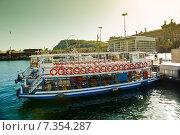 Купить «В порту Барселоны. Испания», фото № 7354287, снято 22 апреля 2015 г. (c) Екатерина Овсянникова / Фотобанк Лори