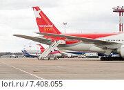Трап у хвостовой части Boeing 767-304 (VP-BOQ) в аэропорту Шереметьево, эксклюзивное фото № 7408055, снято 15 апреля 2015 г. (c) Константин Косов / Фотобанк Лори