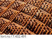 Купить «Металлическая арматура для стройки, фон», эксклюзивное фото № 7432491, снято 6 мая 2015 г. (c) Юрий Морозов / Фотобанк Лори