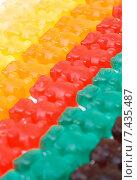 Жевательные конфеты в форме медведей. Стоковое фото, фотограф Ольга Бавыкина / Фотобанк Лори