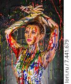Beautiful young woman covered with paints. Стоковое фото, фотограф Art Konovalov / Фотобанк Лори