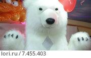 Купить «Человек в костюме белого медведя», видеоролик № 7455403, снято 5 апреля 2014 г. (c) Потийко Сергей / Фотобанк Лори