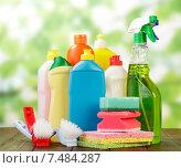 Купить «Моющие средства в бутылках», фото № 7484287, снято 6 августа 2014 г. (c) Сергей Молодиков / Фотобанк Лори