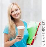 Купить «smiling student with folders», фото № 7497831, снято 30 марта 2013 г. (c) Syda Productions / Фотобанк Лори