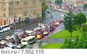 Купить «Трафик на московской дороге, таймлапс», видеоролик № 7502115, снято 30 мая 2015 г. (c) Серёга / Фотобанк Лори