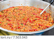 Купить «chilly wok or pilaf dish at street market», фото № 7503043, снято 7 февраля 2015 г. (c) Syda Productions / Фотобанк Лори