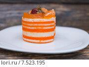 Мандариновое пирожное. Стоковое фото, фотограф Марат Мухамедов / Фотобанк Лори