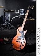 Купить «Set of musical instruments in club», фото № 7537339, снято 18 февраля 2013 г. (c) Elnur / Фотобанк Лори