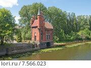 Домик смотрителя моста. Калининград, Кёнигсберг до 1946 года (2015 год). Стоковое фото, фотограф Svet / Фотобанк Лори
