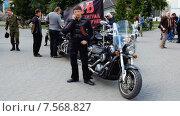 """Купить «""""Ночные волки"""", первый крестный ход на мотоциклах. Калининград», видеоролик № 7568827, снято 17 июня 2015 г. (c) Сергей Куров / Фотобанк Лори"""