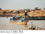 Озеро Тонлесап. Деревня на воде. Камбоджа. (2015 год). Редакционное фото, фотограф Евгений Андреев / Фотобанк Лори