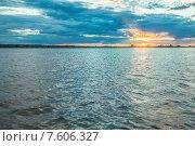 Набережная города Томска летом, река Томь. Стоковое фото, фотограф Гурьянов Андрей / Фотобанк Лори