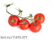Купить «Спелые томаты на ветке на белом фоне», фото № 7615371, снято 28 июня 2015 г. (c) Татьяна Едренкина / Фотобанк Лори