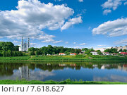 Купить «Полоцк. Вид на Западную Двину», фото № 7618627, снято 10 июня 2015 г. (c) Александр Fanfo / Фотобанк Лори
