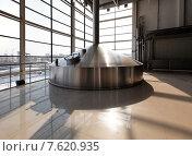 Контейнер на пивоваренном заводе. Стоковое фото, фотограф Павел Нефедов / Фотобанк Лори