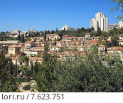 Вид на район Мельница ( Ямин Моше). Иерусалим. Израиль, фото № 7623751, снято 5 апреля 2015 г. (c) Самойлова Екатерина / Фотобанк Лори