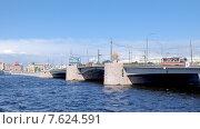 Вид на Тучков мост. Санкт-Петербург. Редакционное фото, фотограф Vladimir Sviridenko / Фотобанк Лори