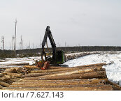 Купить «Харвестр процессор за работой», фото № 7627143, снято 17 марта 2008 г. (c) Андрей Логвинович / Фотобанк Лори