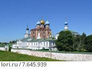 Успенский Собор, Кремль, Рязань (2015 год). Редакционное фото, фотограф Виктор Бартенев / Фотобанк Лори