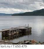Pier on lake, Gros Morne National Park, Newfoundland and Labrador, Canada. Стоковое фото, фотограф Keith Levit / Ingram Publishing / Фотобанк Лори