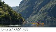 Купить «Kayaking in Gros Morne National Park, Trout River Pond, Newfoundland and Labrador, Canada», фото № 7651435, снято 26 августа 2013 г. (c) Ingram Publishing / Фотобанк Лори