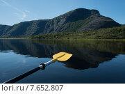 Купить «Kayaking in Trout River Pond, Gros Morne National Park, Newfoundland and Labrador, Canada», фото № 7652807, снято 26 августа 2013 г. (c) Ingram Publishing / Фотобанк Лори