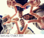 Купить «group of smiling friends with backpacks hiking», фото № 7667551, снято 31 августа 2014 г. (c) Syda Productions / Фотобанк Лори