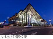 Купить «Гданьский аэропорт имени Леха Валенсы, Польша», фото № 7690019, снято 1 июля 2015 г. (c) Константин Тронин / Фотобанк Лори