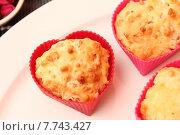 Купить «baked cheese pastry ham muffin», фото № 7743427, снято 22 августа 2019 г. (c) PantherMedia / Фотобанк Лори