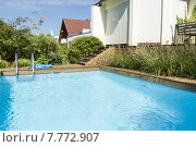Купить «garden luxury swimming pool swim», фото № 7772907, снято 23 ноября 2019 г. (c) PantherMedia / Фотобанк Лори