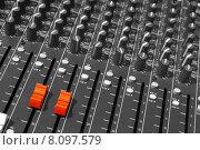 Купить «mixing desk of a dj», фото № 8097579, снято 16 июля 2018 г. (c) PantherMedia / Фотобанк Лори