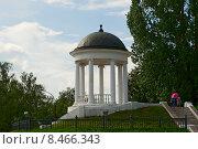 Купить «Беседка Островского. Кострома», эксклюзивное фото № 8466343, снято 22 июля 2015 г. (c) Александр Щепин / Фотобанк Лори