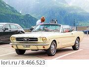 Купить «Ford Mustang», фото № 8466523, снято 5 августа 2014 г. (c) Art Konovalov / Фотобанк Лори
