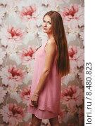 Портрет девушки в розовом платье. Стоковое фото, фотограф Александр Сысоев / Фотобанк Лори