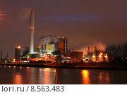 Купить «llverbrennung oberhausen emscher incinerator lverbrennung», фото № 8563483, снято 26 апреля 2019 г. (c) PantherMedia / Фотобанк Лори